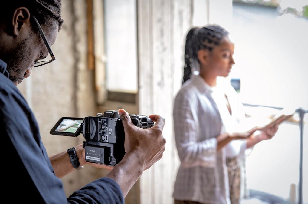 Současný svět v březnovém FotoVideo